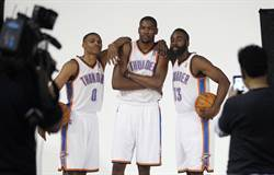 NBA》名嘴爆:雷霆隊友沒把KD當領袖