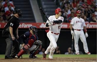 MLB》張育成敲首支二壘打 讚賞大谷積極出棒