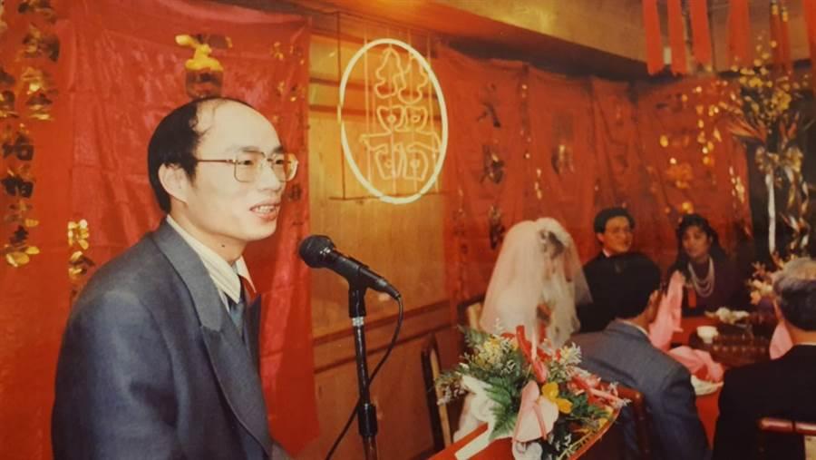 韓國瑜曾任中評委黃鴻鈞婚禮司儀。(照片/黃鴻鈞 提供)