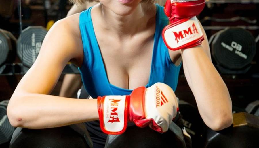 容筱希都會固定去訓練體能,有跆拳底子的她,也喜歡刺激的散打運動。(陳信翰攝)