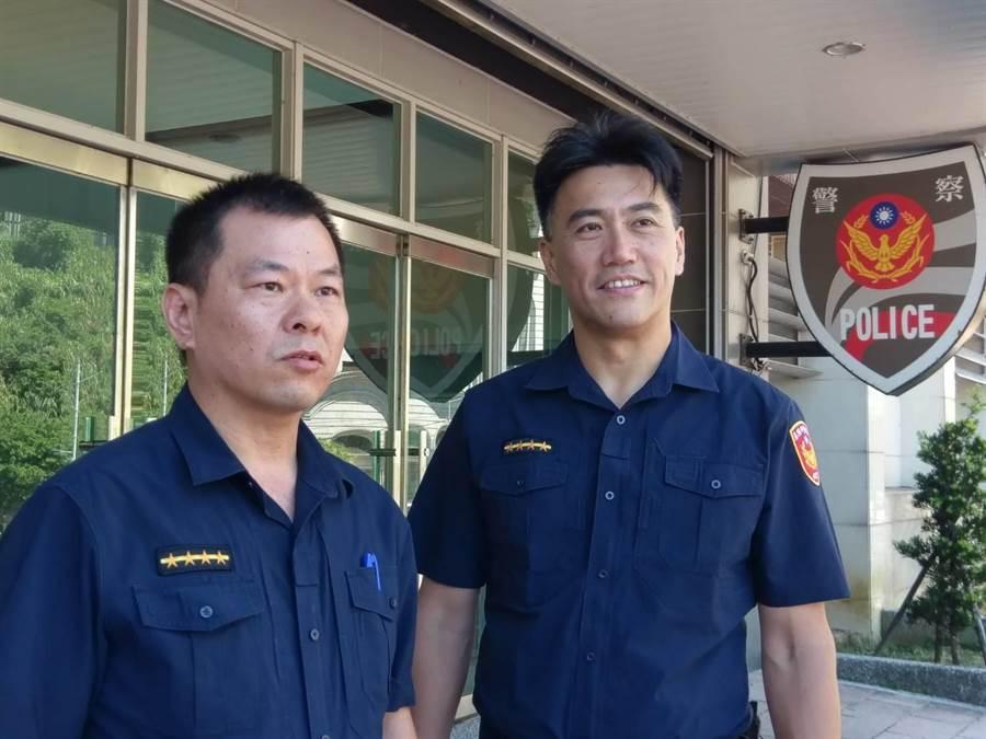 副議長林沛祥(右)換上「一線四」警察制服,體驗基層員警辛勞。(警方提供/許家寧基隆傳真)