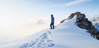 鏡頭當畫筆 陸青把雪山變畫卷