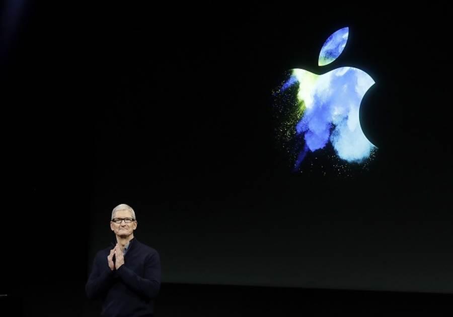 蘋果執行長庫克認為,目前5G技術仍不成熟,不足以推出一個高質量的商品。 (美聯社資料照)
