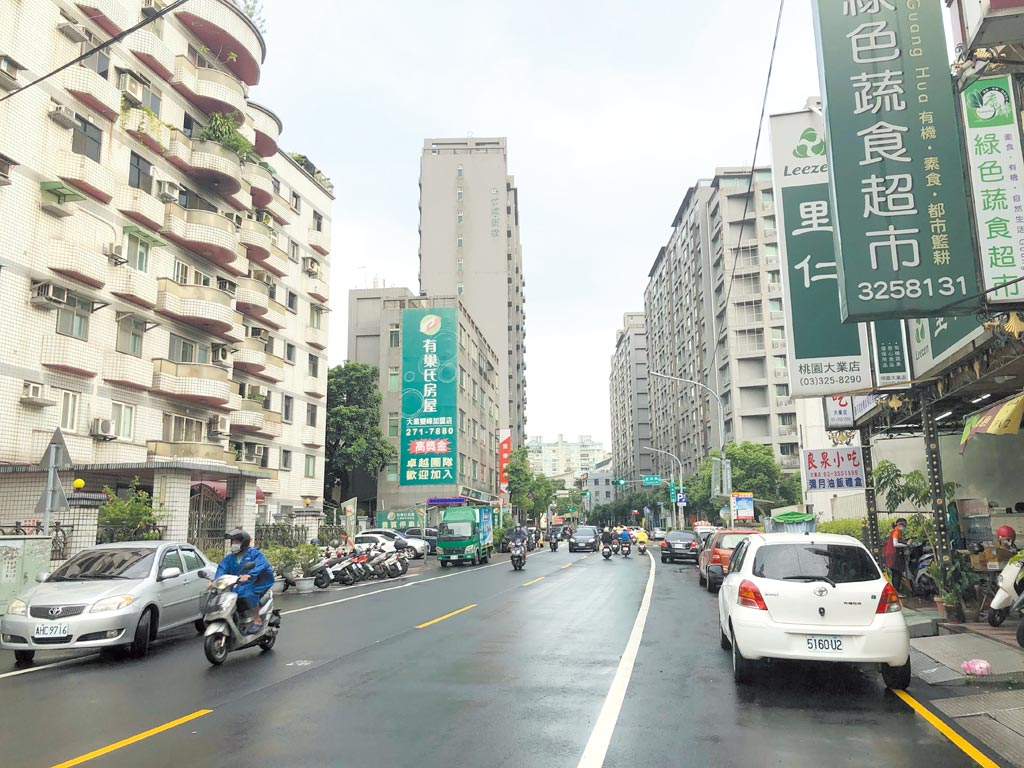 桃園區大有路段靠近藝文特區,價格親民吸引首購族入手。圖/永慶房產集團提供