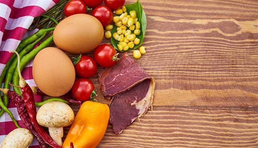 膽鹼有助於活化腦部,主要存在於奶蛋肉類。(圖片來源:pixabay)