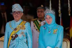 馬來西亞蘇丹王后捍衛言論自由,反對警察濫?#26460;?#35413;者