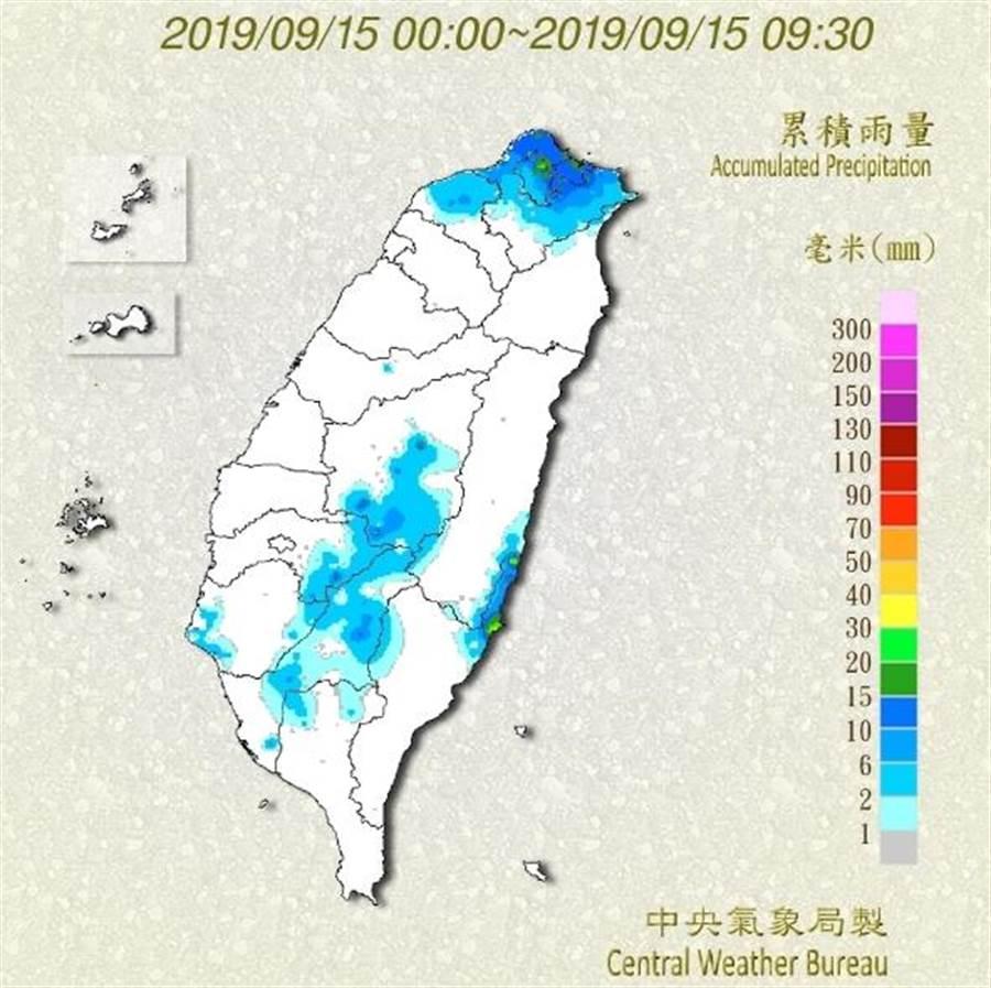 嘉義以南以及各地山區注意強降雨。(中央氣象局)