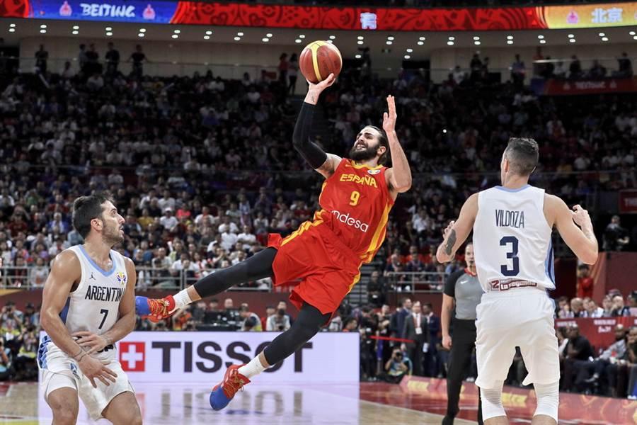 西班牙主控盧比歐包辦今年世界盃MVP、金牌戰MVP與最佳五人獎項。(美聯社)