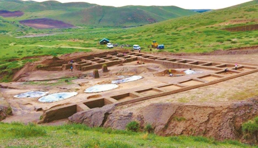 裕民遺址考古現場。(取自微博@烏蘭察布日報)