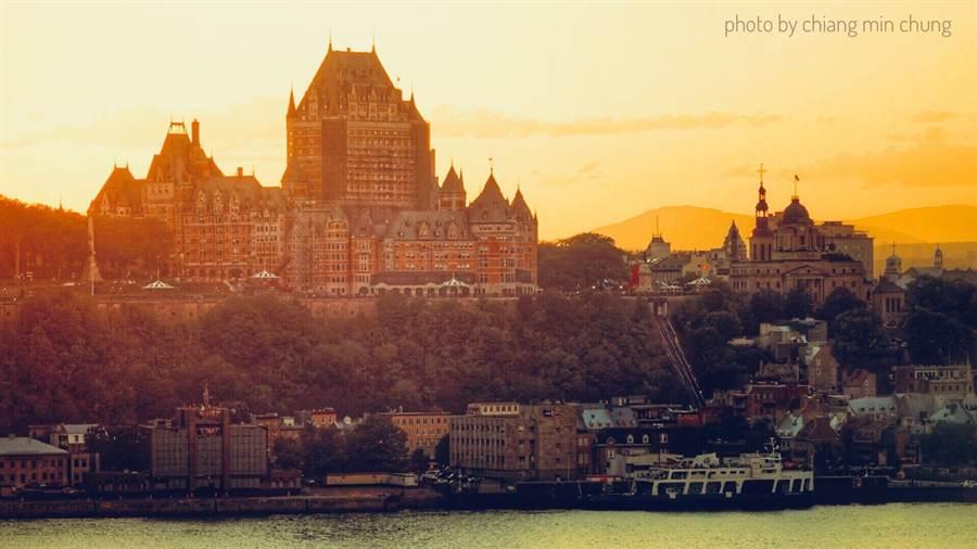《跟你老婆去旅行》劇組8月先到加拿大勘景,希望以秋楓入景。(好好看文創提供)