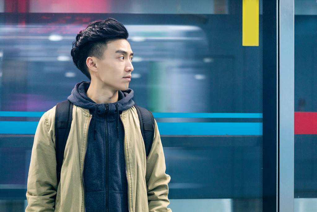 台灣男性流行將頭髮兩側推高,不僅好整理也較清爽(示意圖/達志影像)