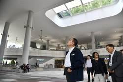侯友宜出訪新加坡 參訪銀髮綜合社區