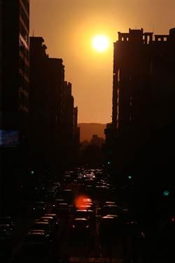 可惜!台中版「曼哈頓」懸日奇景未現 明天擱再來