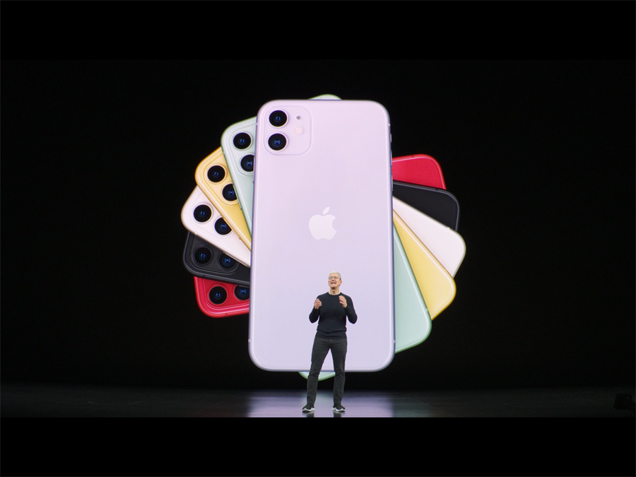 蘋果秋季發表會10日發表蘋果最新產品,蘋果執行長庫克親自發表iPhone 11新機。(圖片擷取自發表會直播影片)
