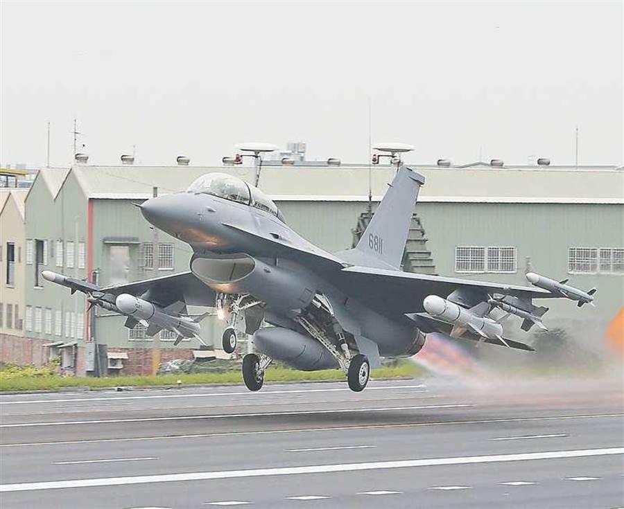 F-16V首度現身漢光演習。本報系資料照片