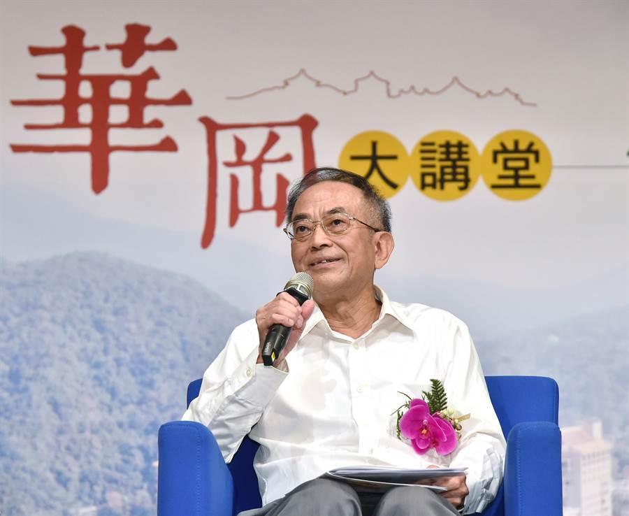 台大特聘教授黃俊傑。(文化大學提供)