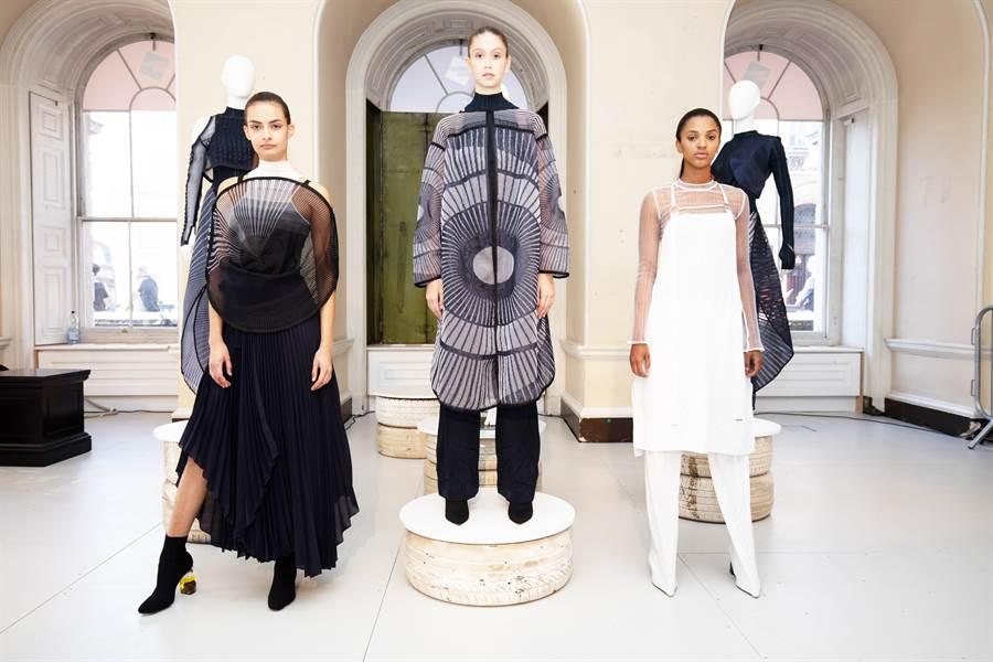 Syzygy 本季2020春夏服裝系列主題為「日蝕Eclipse」,以日月交疊之美為靈感,在服裝中展示日蝕期間光影穿插、黑白交織之美。(業者提供)