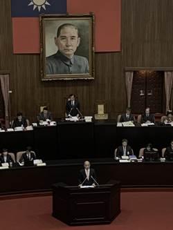蘇揆:明年總預算案22年來首平衡