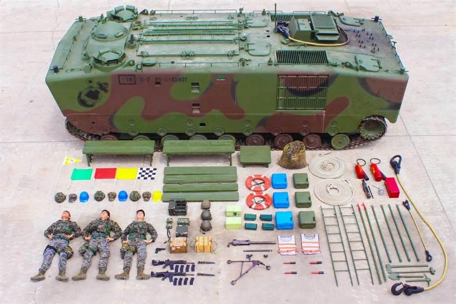 海軍陸戰隊兩棲部隊開箱。海軍陸戰隊臉書