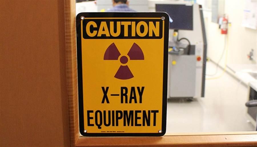 如果一定要用親人的血,建議血袋先照射X光,讓淋巴球失去攻擊能力,避免發生輸血後移植物反宿主病。 (圖片來源:pixabay)