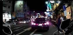 女警道路救援  知名法醫PO網稱警讚