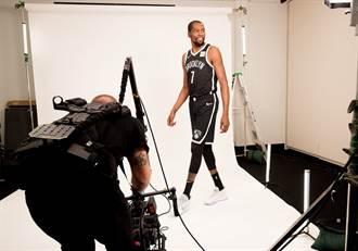 NBA》復原神速!杜蘭特現身紐約走超快