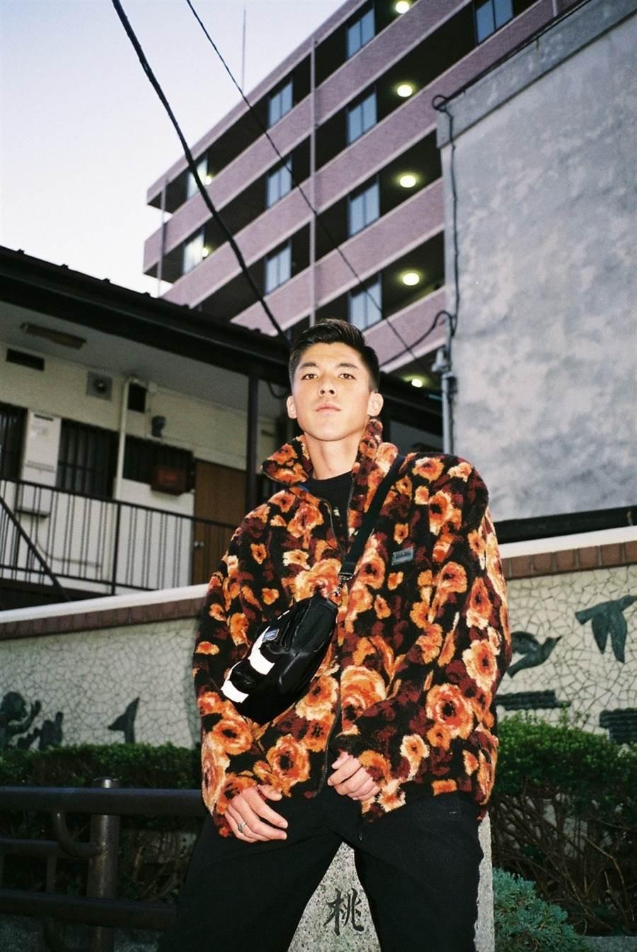 町田澤維亞足球隊的帥哥足球員富樫敬真。(圖/翻攝自推特)