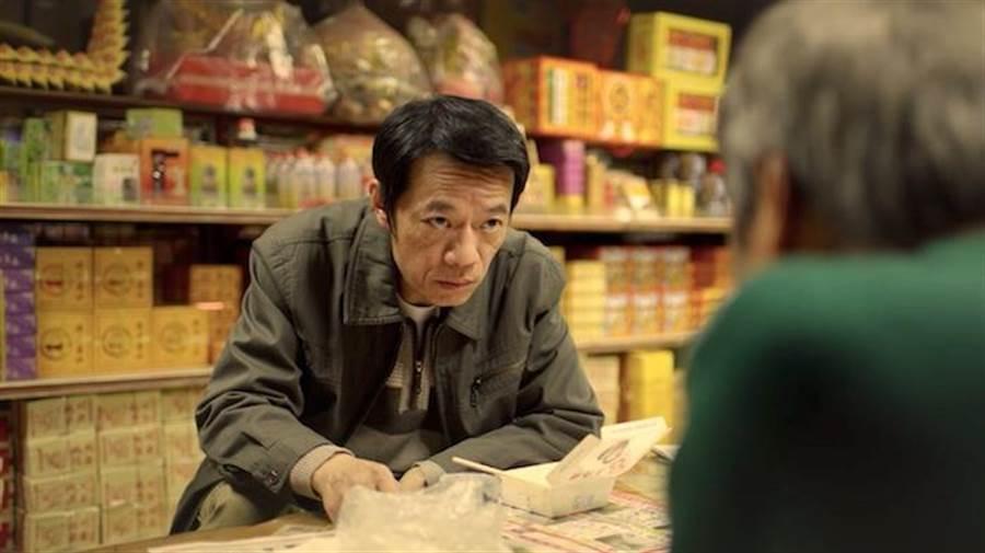 吳朋奉角色職業是計程車司機。英傑哆公司提供