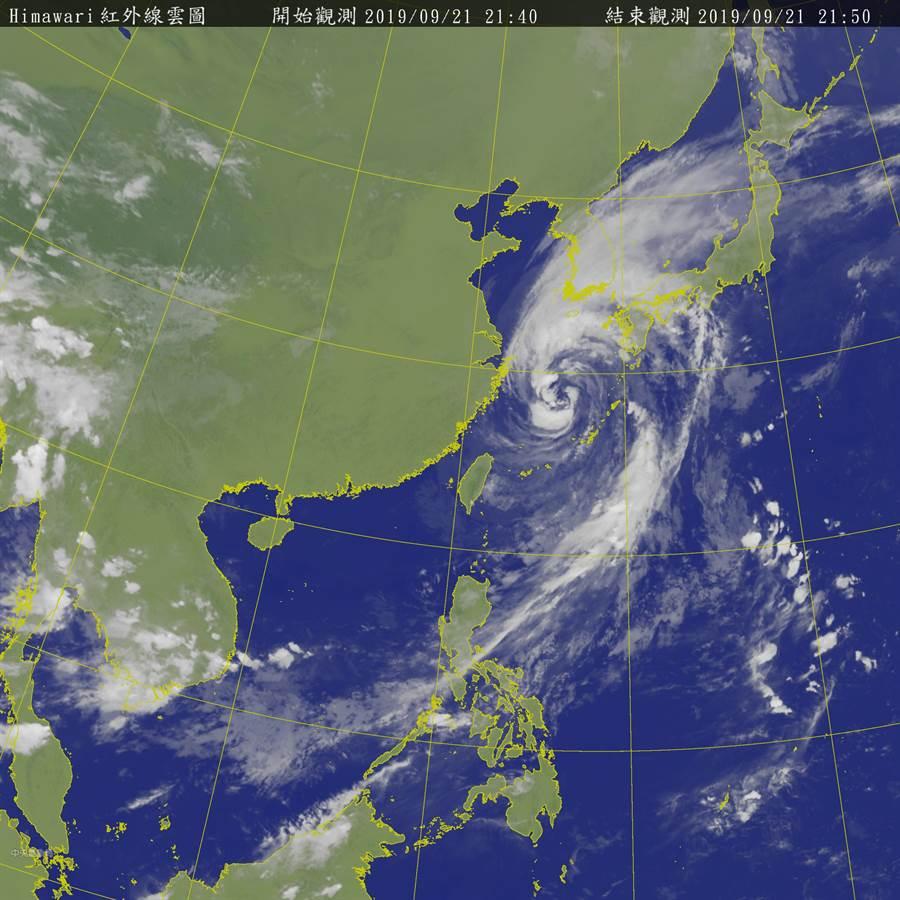 隨著塔巴颱風遠離,降雨可望緩和下來。(圖擷自氣象局)
