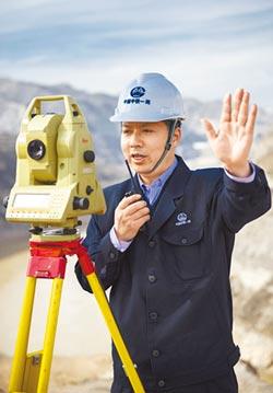 白芝勇 陸高鐵第一測量師