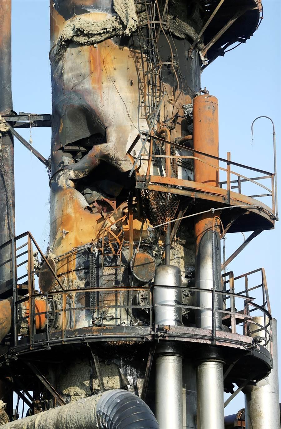沙烏地阿拉伯阿美石油公司阿布蓋格石油設施被炸後慘況。(圖/路透社)
