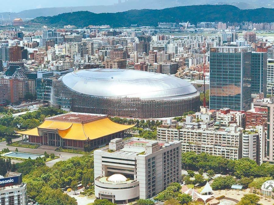 美國職棒聯盟日前派代表拜訪台北市政府,希望台灣以大巨蛋做為主場地,舉辦2021年3月的世界棒球經典賽。(本報資料照片)