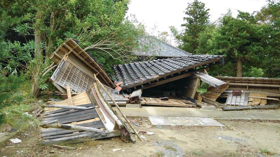 颱風吹出日本的老舊    圖╱黃菁菁