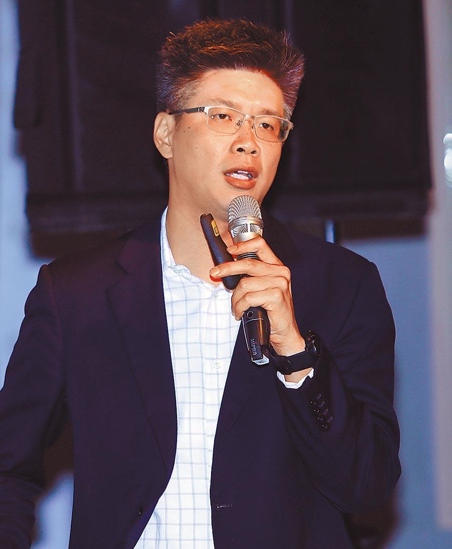 国家生技研究园区创服育成中心助理执行长詹益鑑表示,新科技的问世可大幅缩减看诊效率。(季志翔摄)
