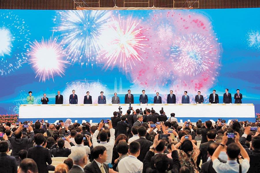 第十六屆中國-東盟博覽會21日在廣西南寧開幕。(記者葉文義攝)