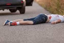 生日變忌日!女童摔倒脖撞單車把手慘死