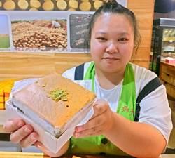 屏東美食》起士蛋糕有洋蔥、芝麻口味,恆春這家店吃得到