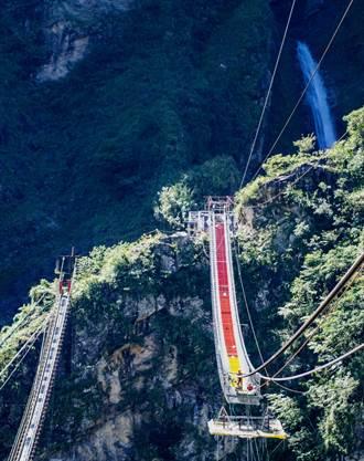 雙龍吊橋年底啟用 全國最長、最深彩虹橋