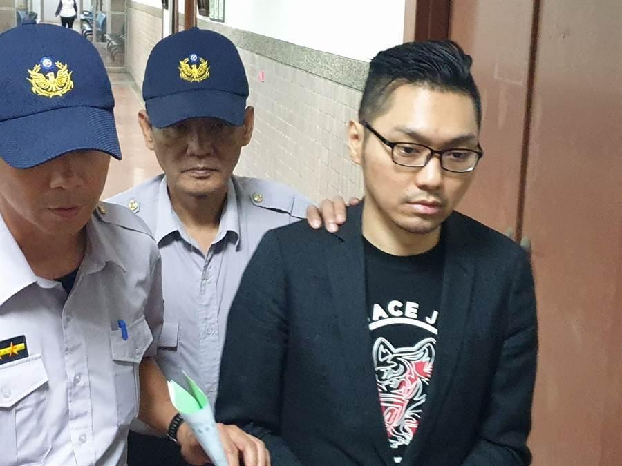 網紅直播主連千毅求交保不成,遭裁定羈押禁見。(袁庭堯攝)
