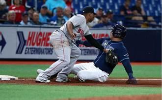 MLB》93公尺不落地 貝茲超狂雷射肩