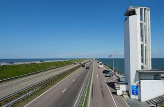 對抗海水上升 荷蘭強化海堤