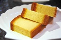 蜂蜜蛋糕底下紙怎麼撕?網曝這招秒解