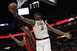 NBA》再添新援!勇士跟克里斯簽約1年