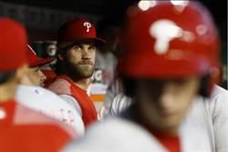 MLB》哈波現場乾瞪眼 前東家國民晉季後賽