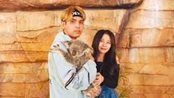陳零九摟女友抱無尾熊