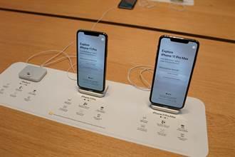 不止發燙信號差!iPhone11系列鏡頭進灰塵
