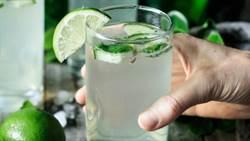 水喝不對激增生病機率!這三種水千萬不能喝