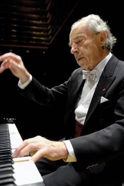 音樂就是愛 曾三度訪台 奧地利國寶鋼琴大師史寇達過世