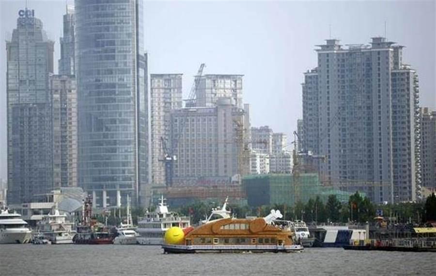 香港反送中運動持續,也動搖其亞洲國際金融中心地位。(美聯社資料照片)