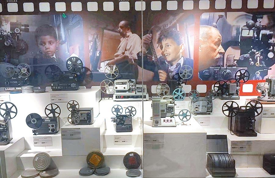 江蘇華夏電影膠片修復技術公司目前擁有超過2萬部膠片電影資料。(取自微博@貓貓芸)